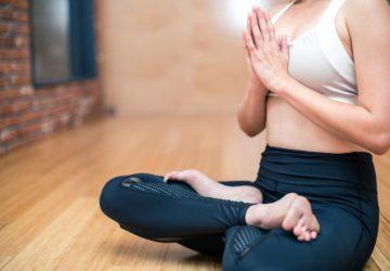 Die fünf wichtigsten und kraftvollsten Mantras Yoga Meditation
